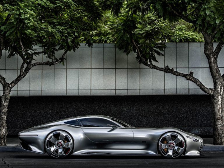Mercedes AMG Project One gadgetreport.ro  768x576 Mercedes AMG Project One: spectacol pe roti