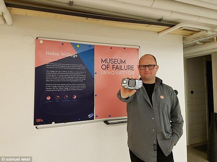 Muzeul Rateurilor Se deschide Muzeul Rateurilor