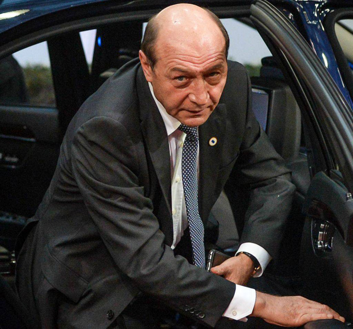 Traian Basescu EPA 03 98a385994f Basescu, abonat la procurori