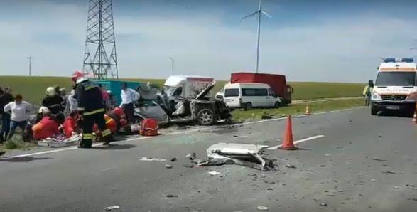 aaccid Grav accident, in Constanta: mai multi raniti, intre ei si un copilas