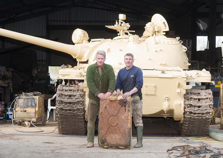 aur Comoara din tanc