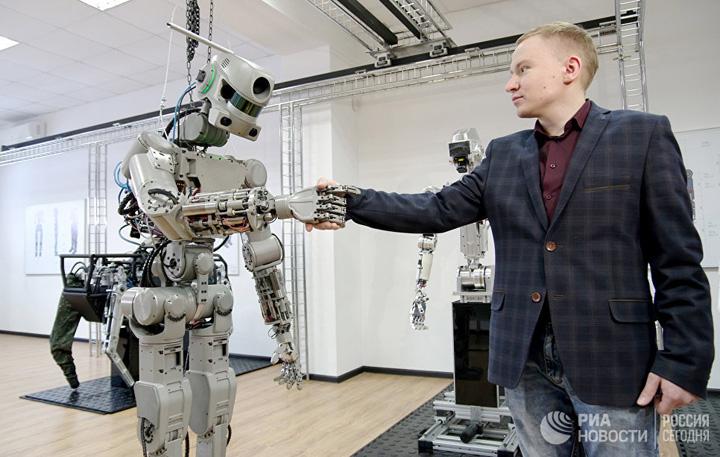 borot6 Putin si a facut Terminator