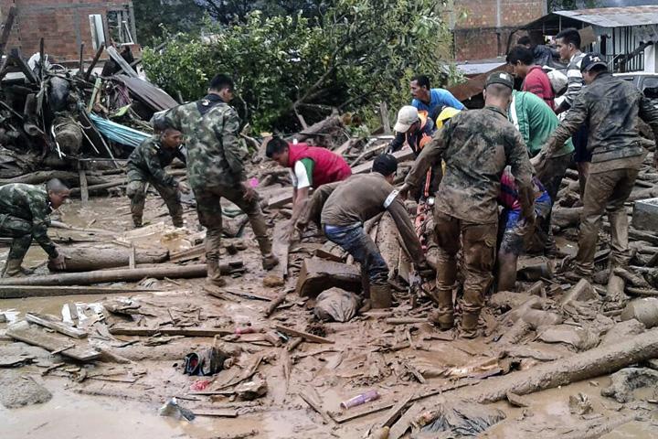 columbia Catastrofa in Columbia, peste 250 de morti