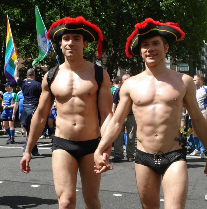 gay1 Ordin pe PSD: Lasati homosexualii in pace!