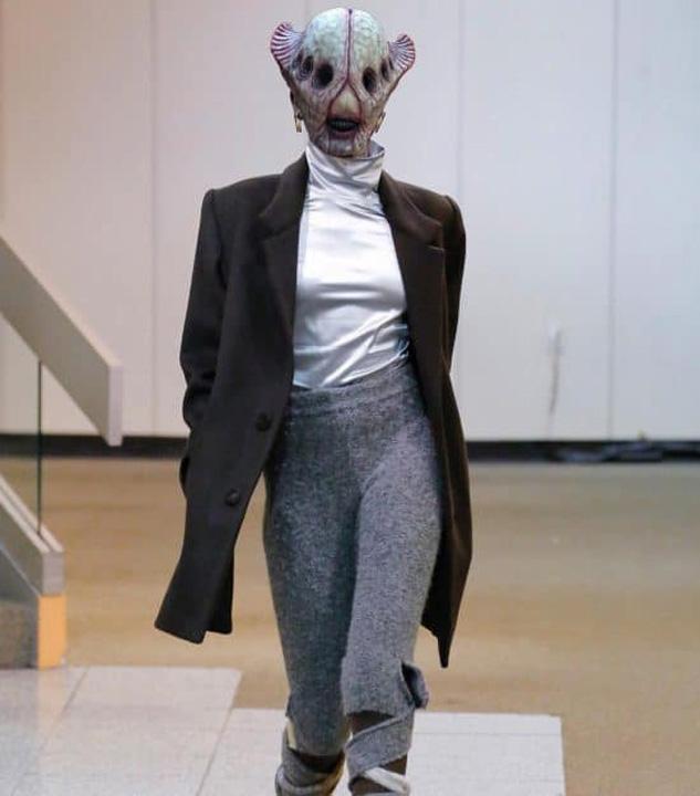 gucci7 Copy Gucci pariaza pe extraterestri