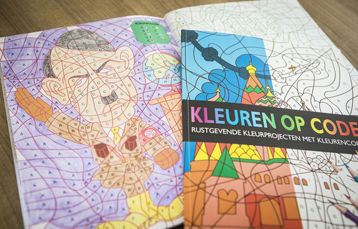 hitler Carte de colorat pentru copii, cu Hitler