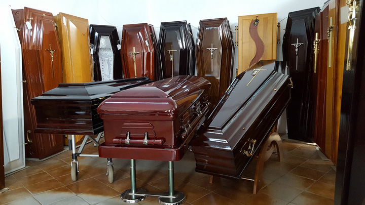 magazin servicii funerare modele sicrie bucuresti Expo Funerare la Romexpo: viziteaza lumea cioclilor cu numai 10 lei pe zi