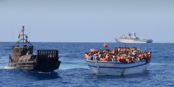 mediterana Refugiatii, traficati de ONG uri in Mediterana