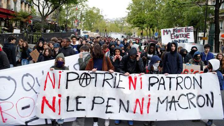 proteste 1 Le Pen a tepuit PE cu 5 milioane de euro
