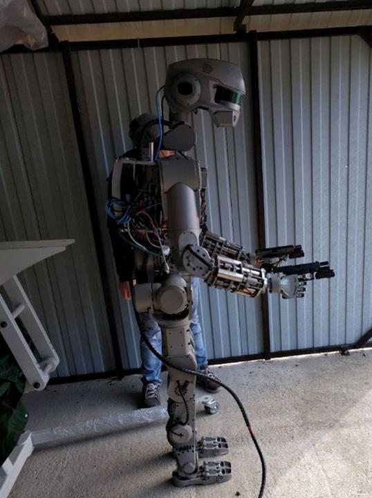 robot2 Putin si a facut Terminator