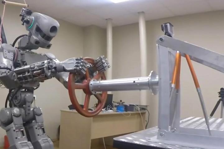 robot4 Putin si a facut Terminator