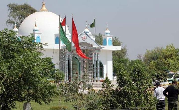 templu pakistan 20 de persoane, ucise de paznicul unui templu
