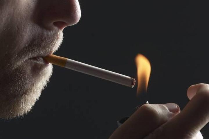 tigara fumator 870aff9fd7 01 Saracule, fumeaza responsabil, fumeaza sustenabil!