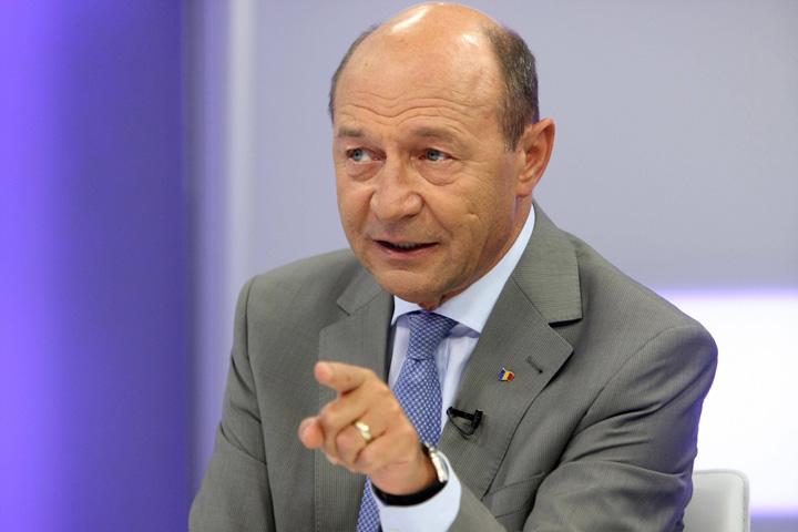 traian basescu Basescu. Alta poanta, aceeasi sarlatanie