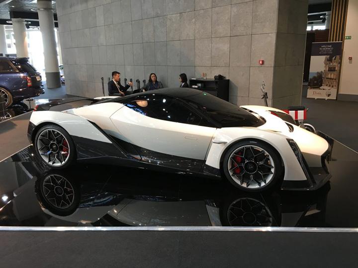 vanda electrics Supercars si masini zburatoare la Monaco