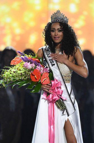 1 3 1 331x500 Miss SUA 2017  lucreaza in domeniul nuclear!