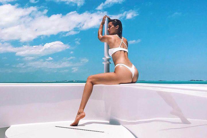 3 2 720x480 Bella Hadid si Kendall Jenner: vacanta sexy!