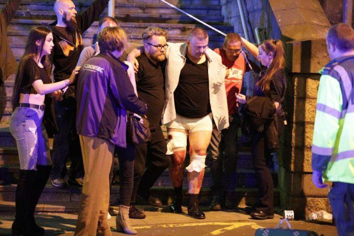 3 5 720x480 Atac terorist la Manchester: explozie soldata cu 22 morti la concertul Arianei Grande