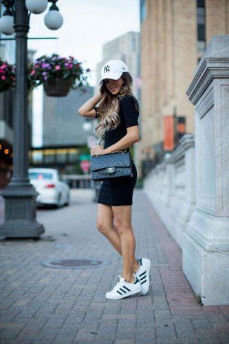Chanel tinută sport 333x500 Chanel, scandal cu bumerang