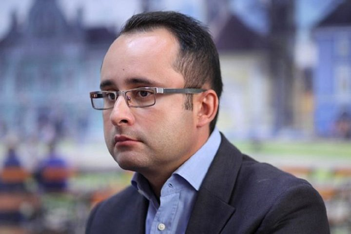 Liberalii au decis Cristian Busoi este noul presedinte al PNL Bucuresti 720x479 Antonescu il perie pe Busoi la ordin