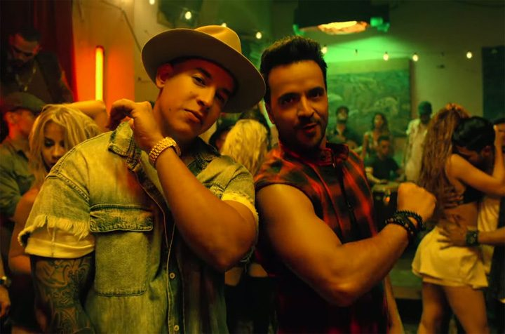 "Luis Fonsi Despacito ft. Daddy Yankee screenshot 2017 billboard 1548 720x476 Dupa ""Macarena"", ""Despacito"" cucereste America"