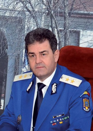 Olaru Mircea 358x500 Generalul Olaru, bagat in cercetare!