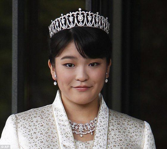 Printesa Mako 561x500 Printesa Mako renunta la privilegii pentru… iubire