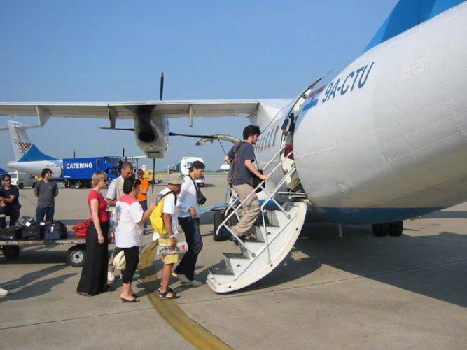 avioane 667x500 181 de companii aeriene, interzise in UE