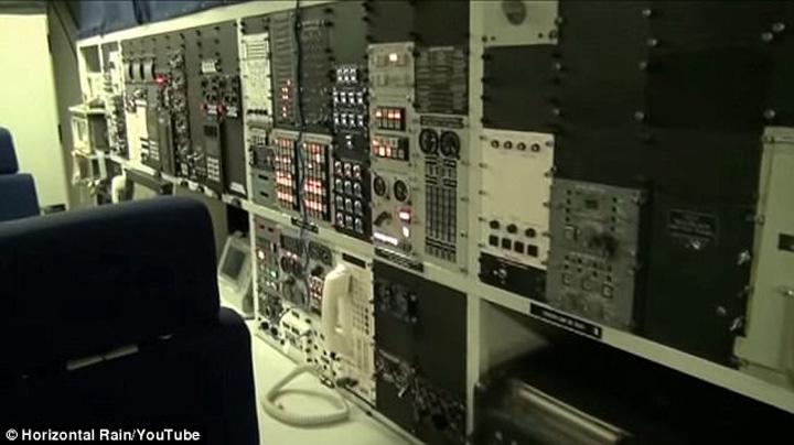 avion 3 E 48, Avionul Apocalipsei