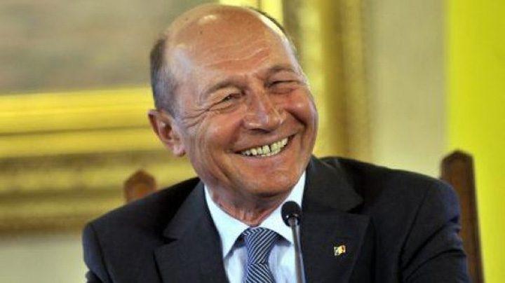 base 720x404 Popularii condusi de Basescu il propun premier pe europarlamentarul Muresan
