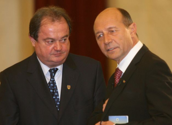 blaga basescu.q692nt4w7j Blaga si Basescu, 200 de milioane de euro pe voturi