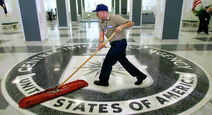 cia china 720x390 China loveste CIA la temelie
