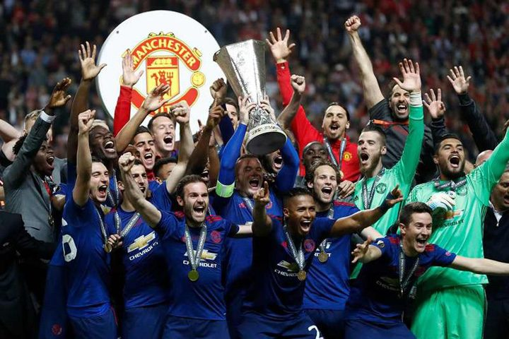 image 2017 05 25 21784073 41 manchester united trofeul europa league 720x480 J. Mourinho: As schimba trofeul cu viata victimelor!