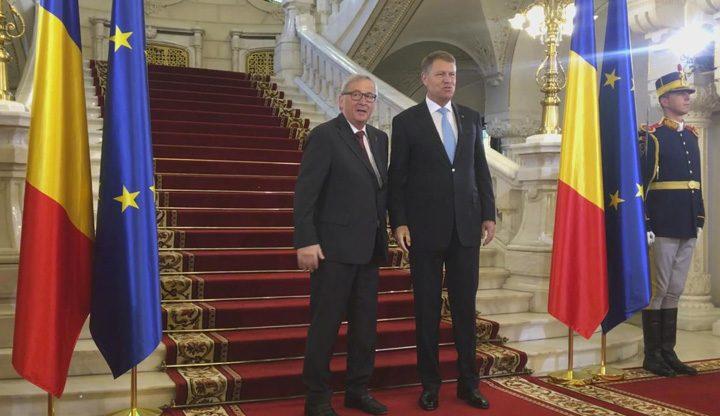 junker iohannis 720x416 A venit circul: Juncker, jonglerii la Bucuresti