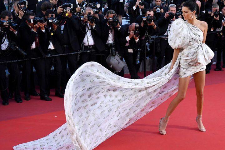 kendall jenner cannes 720x480 Aparitia care a furat show ul de la Cannes