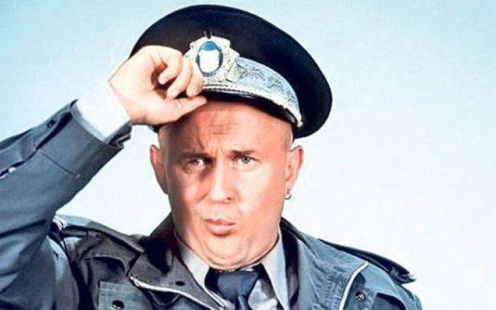 """la masinile poliţiei jpg 720x450 De Ziua Rasului, MAI a inventat """"masinile care previn coruptia"""""""