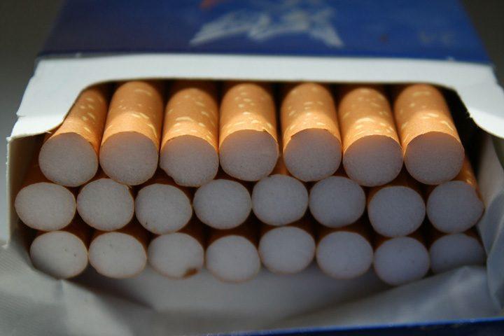 pachet de tigari 720x480 Se scumpesc iar tigarile!