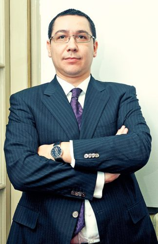 ponta 324x500 Victor Ponta, prima reactie dupa ce motiunea de cenzura a trecut