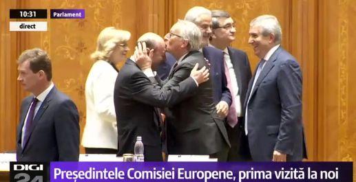 pupa 1 Reactia lui Basescu, dupa ce Junker l a pupat pe frunte!