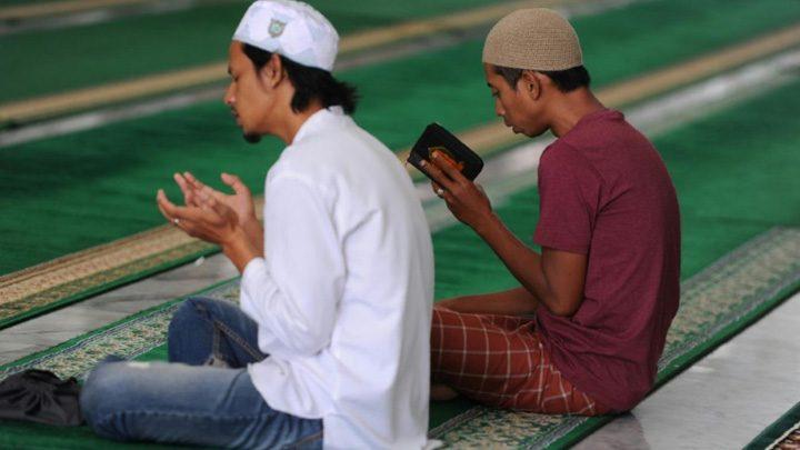 ramadan 1 720x405 Pentru 1,5 miliarde de musulmani a inceput Ramadanul