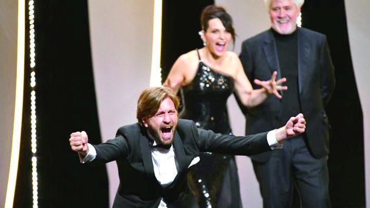"ruben cannes m 2 720x405 Cannes 2017: Filmul ""The Square"" a luat Palme dOr"