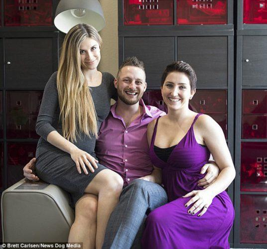 trei parinţi 2 536x500 Cea mai noua moda: familia cu trei parinti