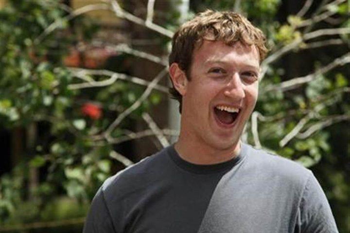zuckerberg  720x480 Cati bani ii aduce lui Zuckerberg pagina ta de Facebook