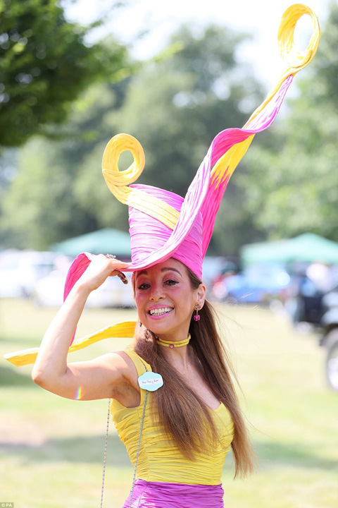 Plarie xjpg Kate, cam transparenta la Royal Ascot 2017