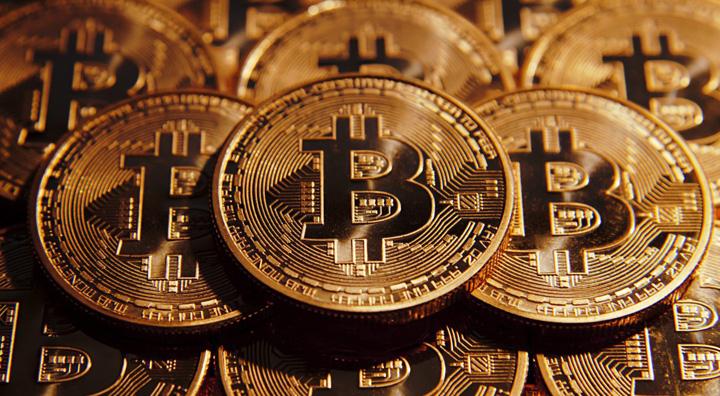 bitcoin 1 1170x644 Primul artist roman care isi vinde lucrarile in moneda bitcoin