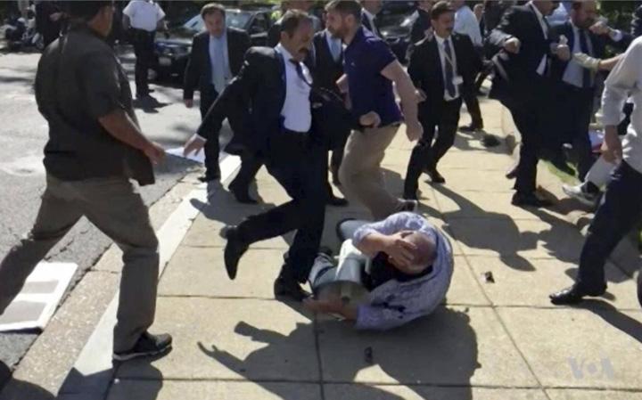 erdogan gfarzi mare Sepepistii lui Erdogan, interzisi la summit ul G20 din Germania