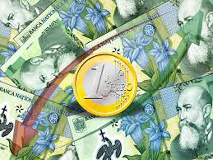 euro leu Euro s a apropiat, tiptil, de 4,6 lei