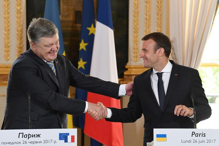franta Macron: Franta nu va recunoaste anexarea Crimeei