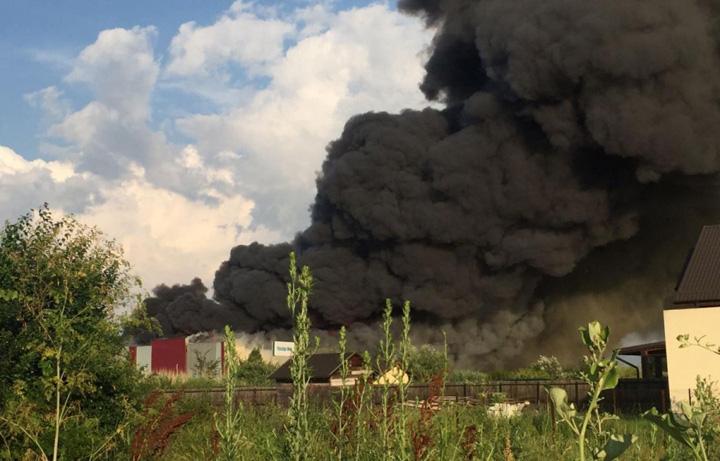 incendiu Focul care arde banii lui Valvis si ai Postei Romane