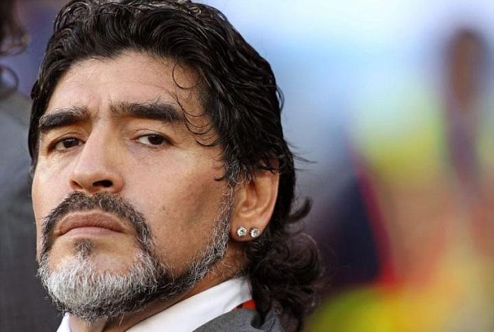 maradona Maradona, indragostit de...Putin